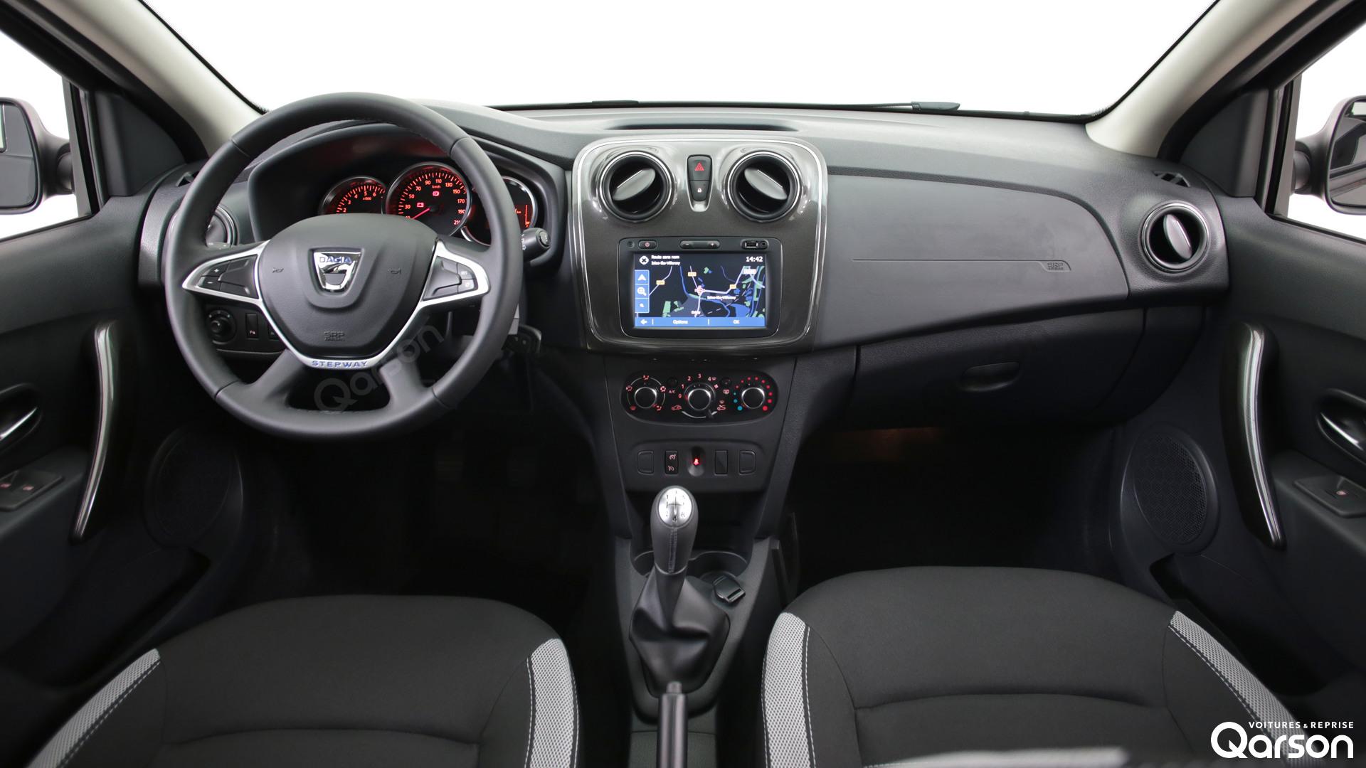 Tableau de bord Dacia Sandero