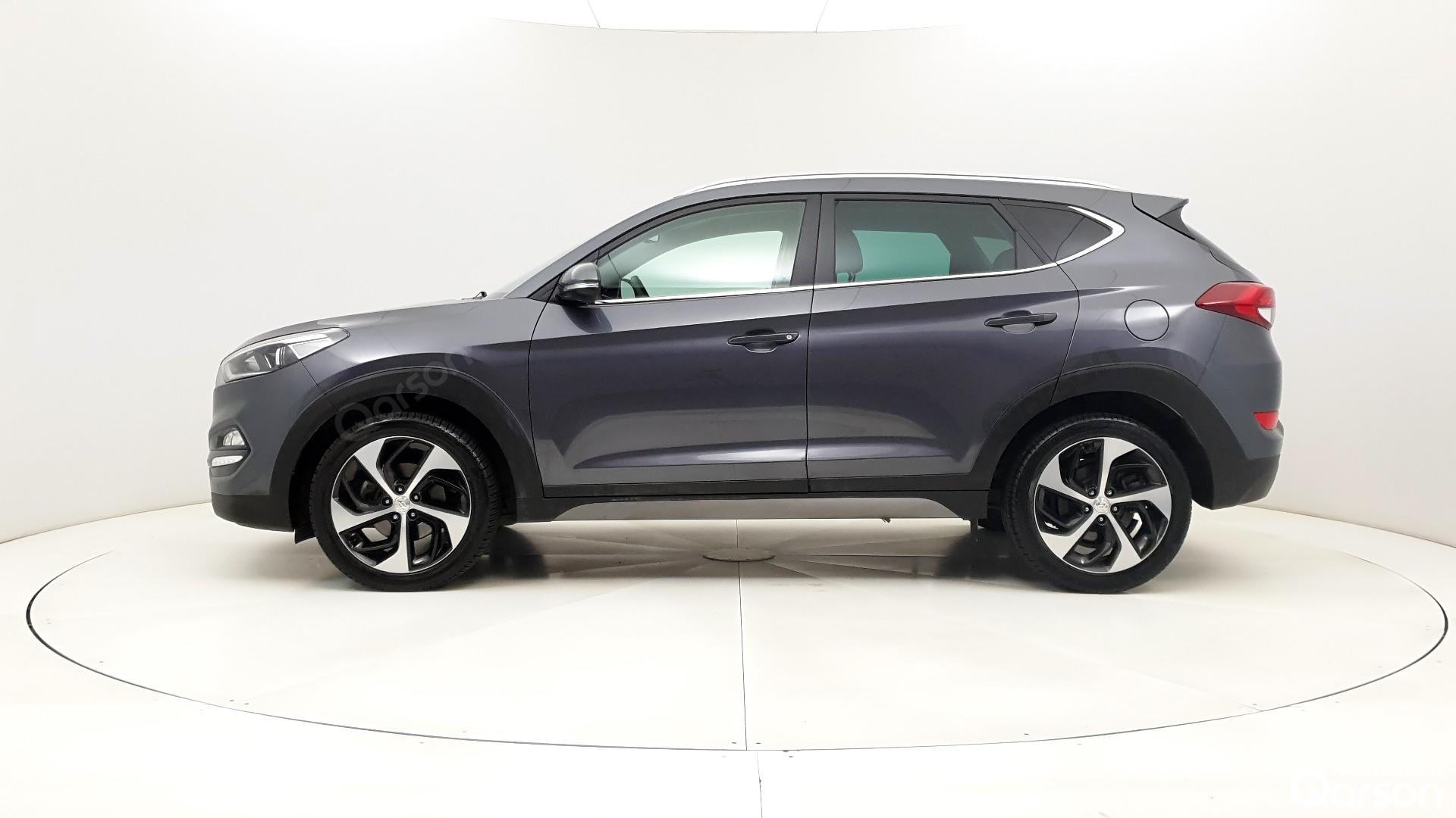Vue profile gauche Hyundai Tucson