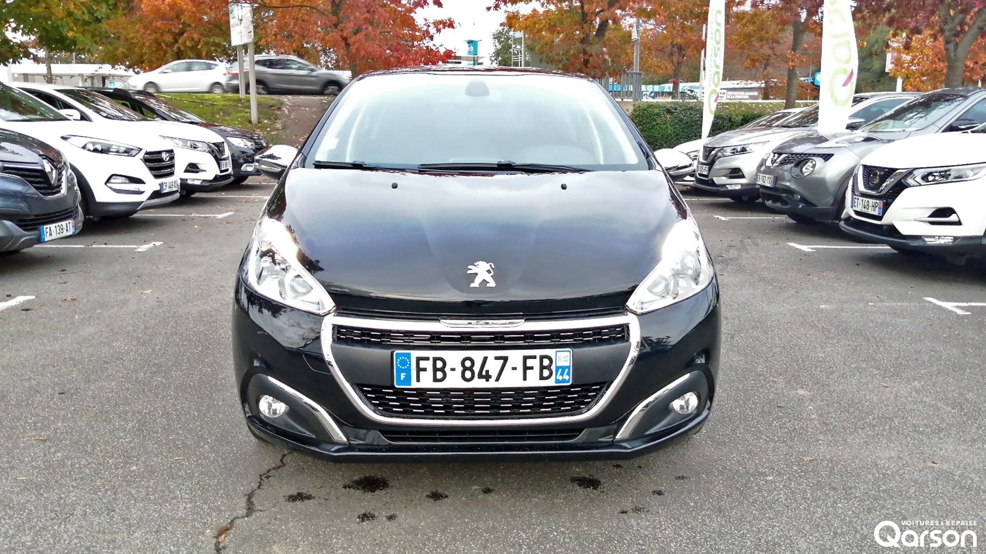 Calandre Peugeot 208 5P
