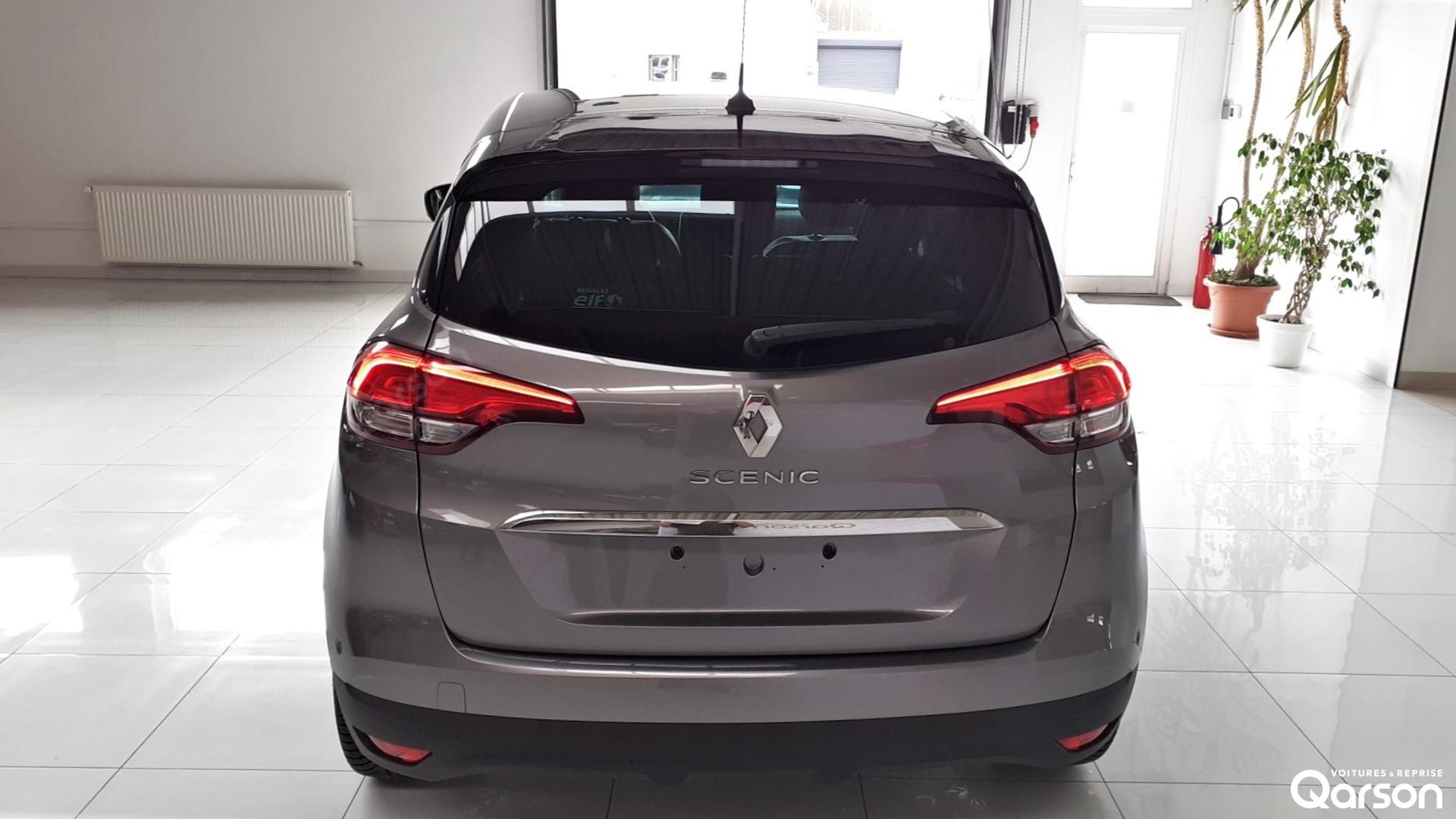 Vue arrière Renault Scenic 5P