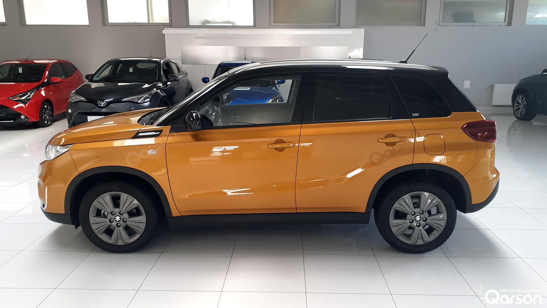 Vue profile gauche Suzuki Vitara
